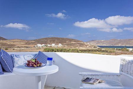 Superior-sea-view-terra-maltese-balcony